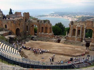 Roman Amphitheatre of Taormina. Photo: Fabrizio Raneri